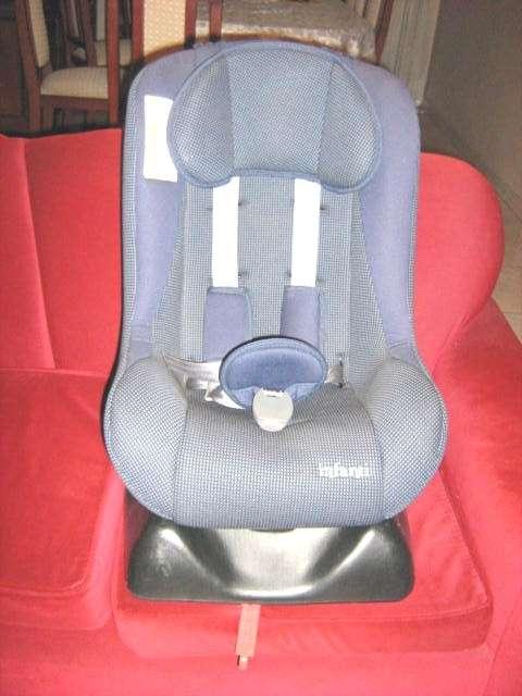fotos de silla de bb para el auto infanti lima muebles. Black Bedroom Furniture Sets. Home Design Ideas