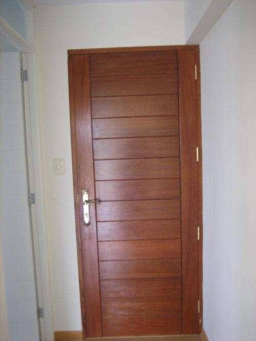 Fotos de madinkasa expertos en puertas melamine y for Precio de puertas levadizas en lima peru