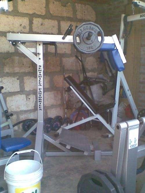 Fotos de maquinas de gimnasio arequipa equipamiento - Fotos de maquinas de gimnasio ...