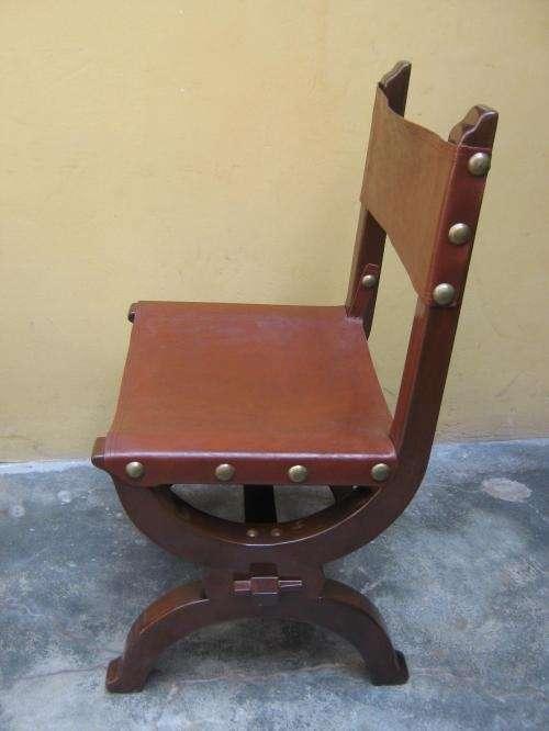 Fotos de hermosas sillas antiguas de caoba con asiento y for Sillas bonitas