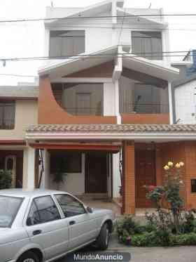 Se vende casa los olivos zona residencial lima galpones for Fachadas de casas modernas en lima