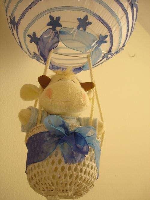 Fotos de l mparas colgantes para habitaciones de ni as os for Lamparas cuarto bebe