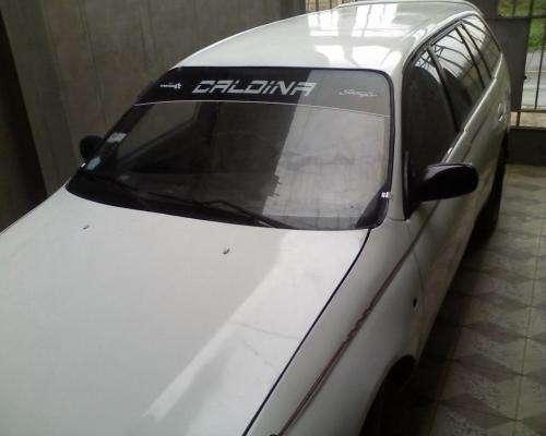 Se vende toyota caldina station wagon del 93
