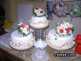 Decoración de tortas en masa elástica