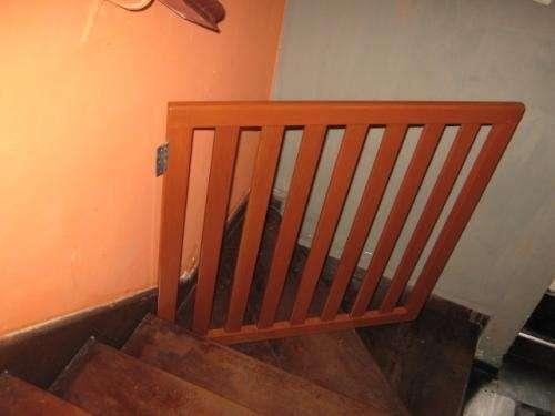 Rejas de madera para proteccion en escaleras en lima per for Rejas de madera