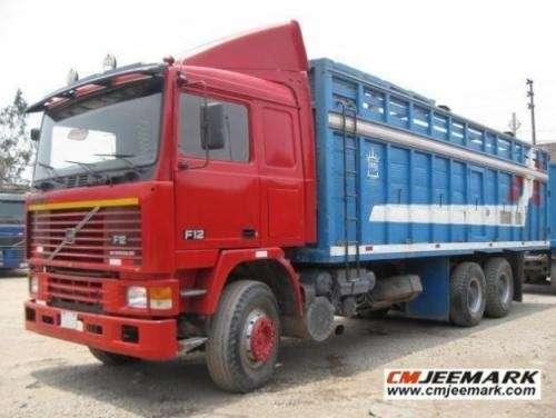 Volvo camion baranda f12 año 87 6x4 cubos solares (ahora us$50,600) www.cmjeemark.com