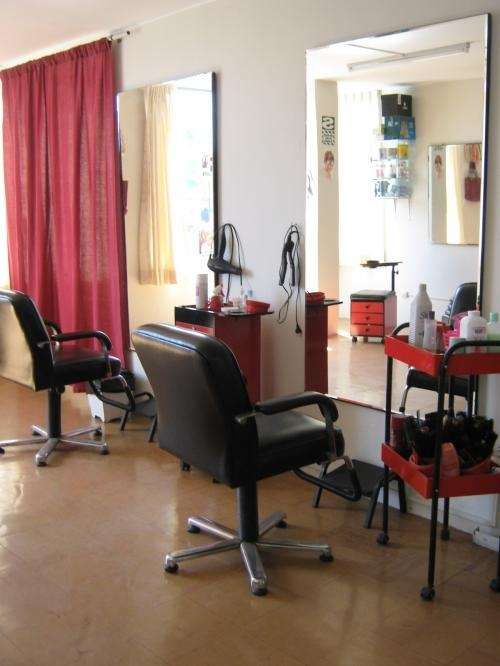 Ocasion  vendo muebles, espejos, accesorios de peluqueria  Lima