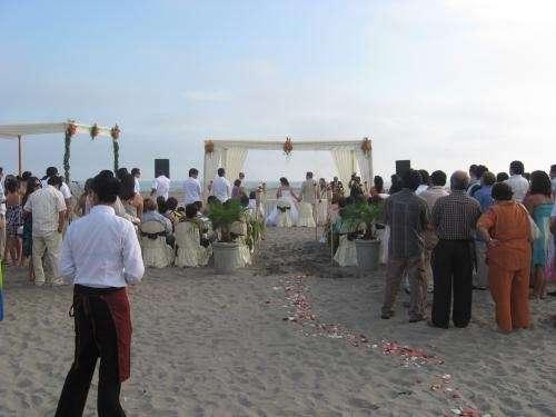 Fotos de Matrimonios frente al mar ? alquiler de local 2