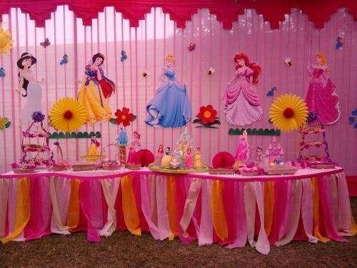Princesas magicas disney imagui for Decoracion de princesas