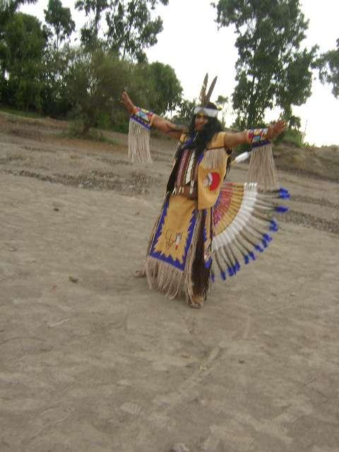 local indio trajes