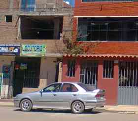 Auto en venta por motivo de viaje en la ciudad de puno en Puno