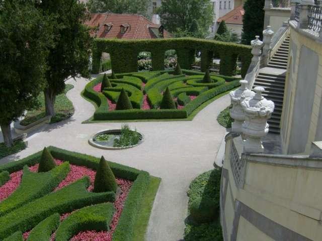Fotos de decoracion dise os jardines hacemos jardin a tu for Decoracion de parques y jardines