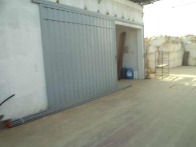 Puertas y portones metalicos con planchas acanaladas
