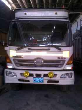 Venta de camiones hino de segunda en perfecto estado en Lima