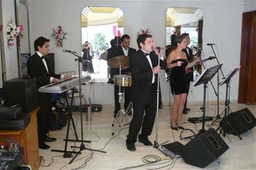 Orquestas musicales para todo tipo de evento ... musiamor