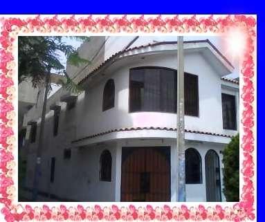 $900 (al mes)+ incluido todos los servicios alquilo casa de 3 pisos semiamoblado-santiago de surco