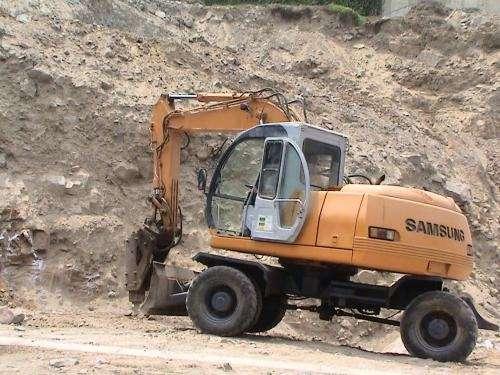 Vendo excavadoras ? retroexcavadoras samsung mx132w - caterpillar