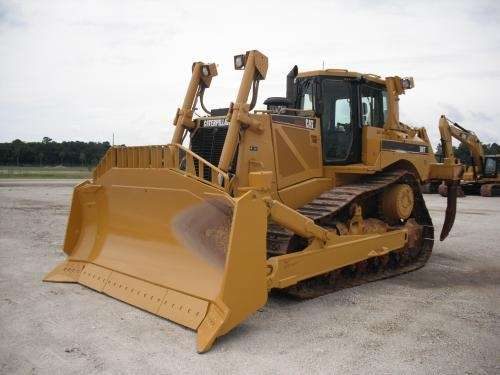 """Venta de maquinaria pesada usada - """"group tractors andean """"s.a.c"""