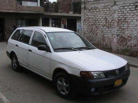 Remato mazda familia (station wagon) :)