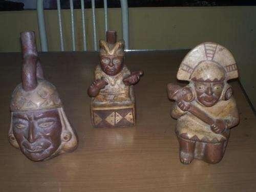 Vendo huacos mochicas/wari originales autenticos