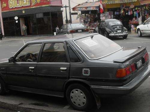 Se vende auto toyota corona $2,200