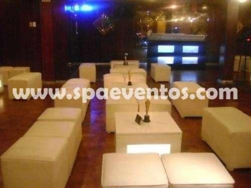 Salas lounge y barras alquiler