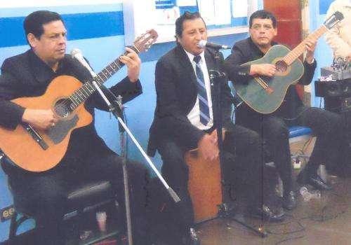 Conjunto criollo y orquesta: fiesta peruana