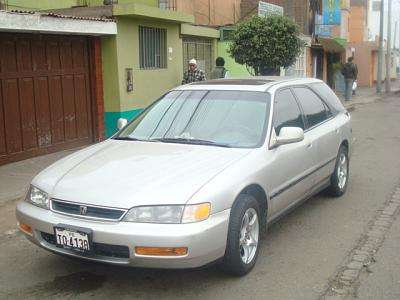 Remato station wagon honda accord 1996--- americano