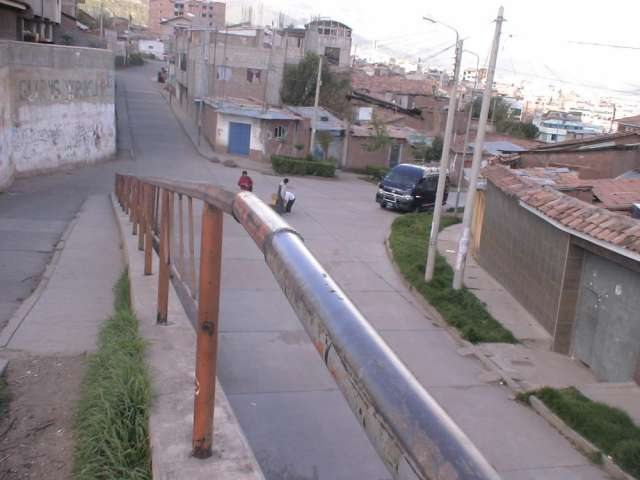 Ocasión de vivir en cusco, vendo propiedad de construcción tradicional en excelente ubicación urbana en cusco