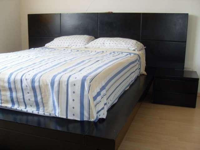 Jgo dormitorio 2 plz est.asiatico.2 veladores+comoda tocador