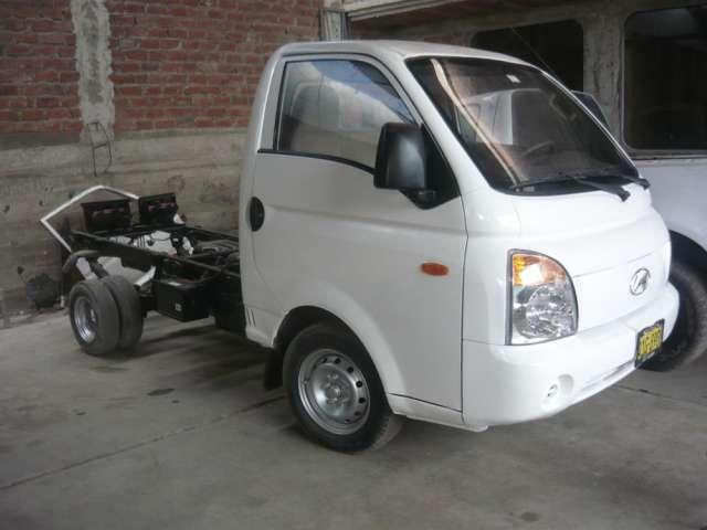 Vendo camioneta hyunday h 100 año 2009 medelo 2010