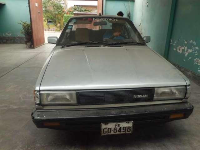 Remato auto nissan sunny, petrolero del año 1985 con motor nuevo en bueno estado.