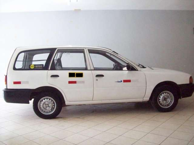 Vendo nissan ad 1996 motor petrolero mecanico