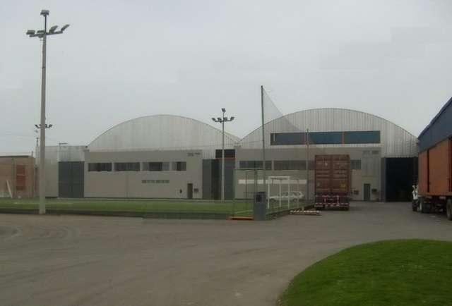 Fotos de Alquiler de naves industriales en lurin con oficinas administrativas 4