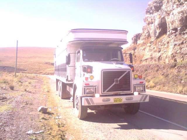 Fotos de Vendo camion volvo n-12 ¡buen estado! 3
