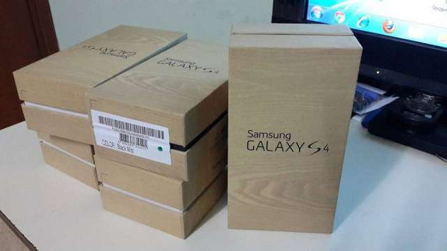 En venta: - nikon d700, d90, apple iphone samsung galaxy blackberry apple macbook