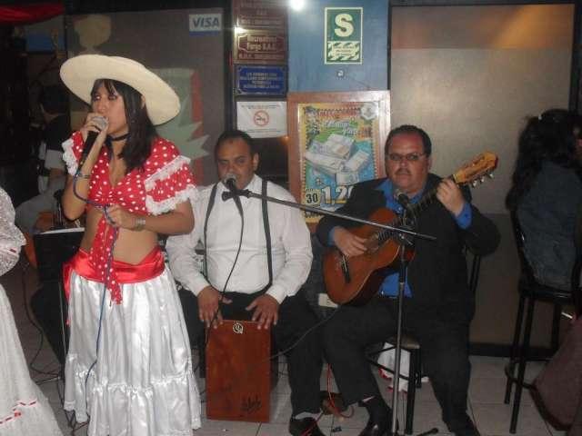 """Grupo criollo y orquesta en lima """"son, ritmo y sabor"""""""