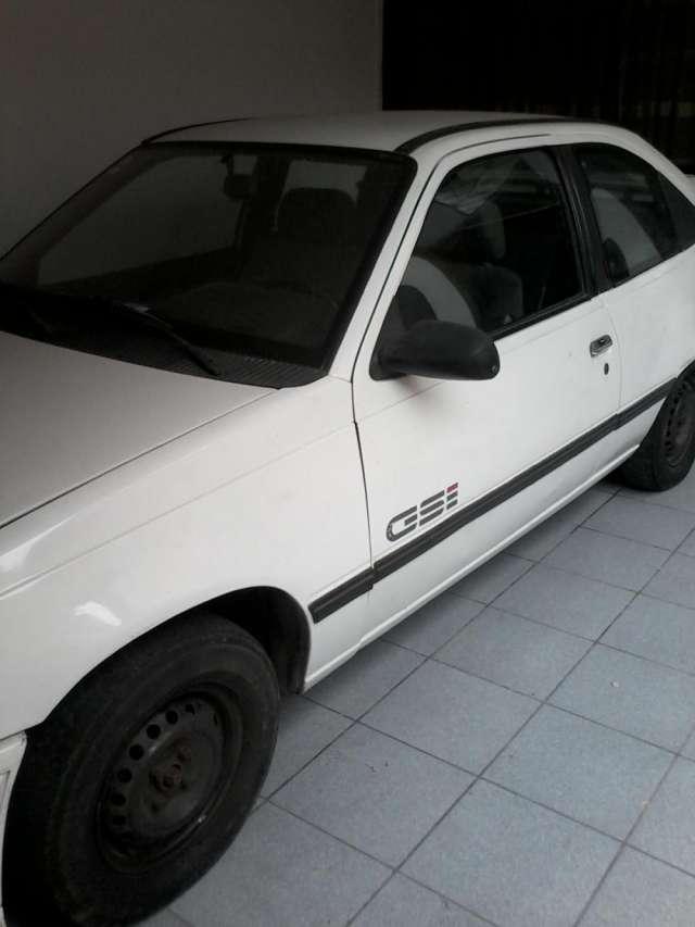 Vendo daewoo racer 1993