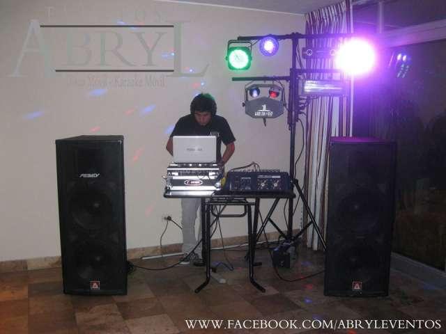 Fotos de Alquiler de luces rítmicas para fiestas ne lima 1