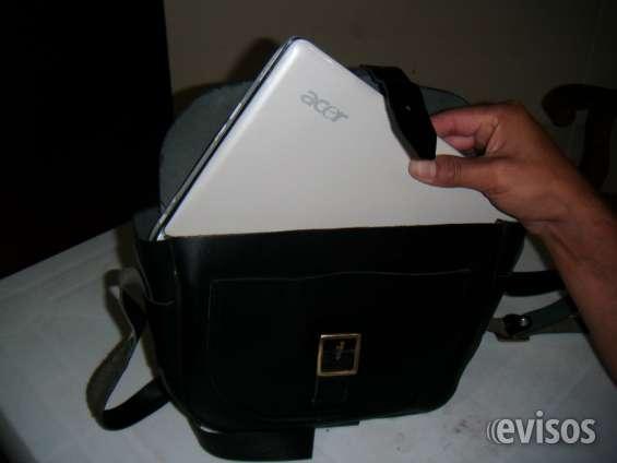 Fotos de Porta laptop, maletines, mochilas, gorros bordados. 4
