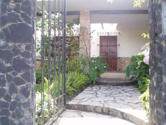 Alquilo casa de campo en los baños del inca-cajamarca