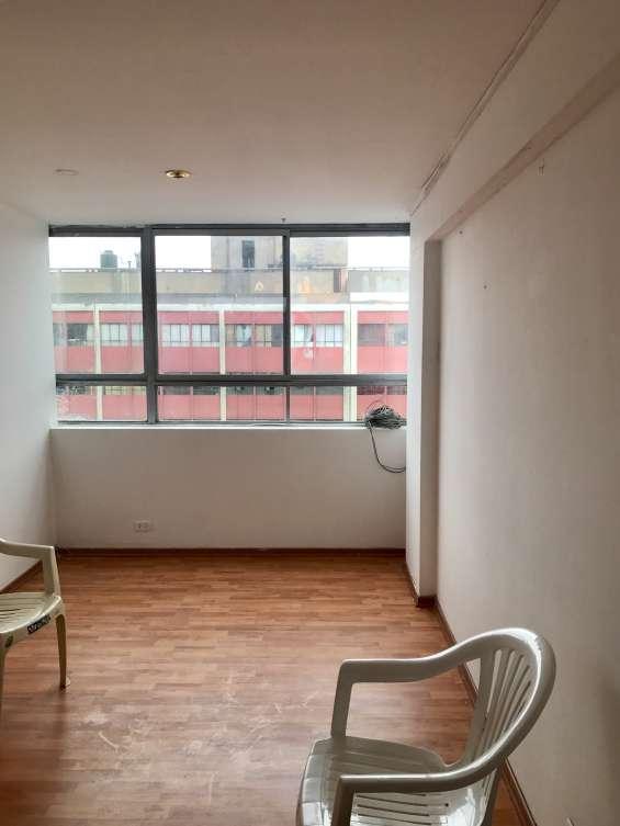 Vendo lindo departamento 70mts avenida tacna centro historico de lima