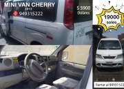 Minivan cherry modelo q22 del año 2013