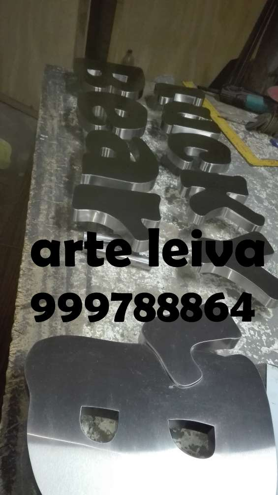 Letras de acero y bronce lima perú