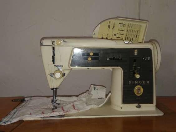 Vendo maquina de coser singer mod. 675 en perfecto estado de conservacion