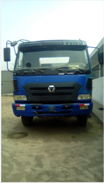 Remato camion xcmg 29tn – 6x4 - fab: 2011 – usd 14900!!!