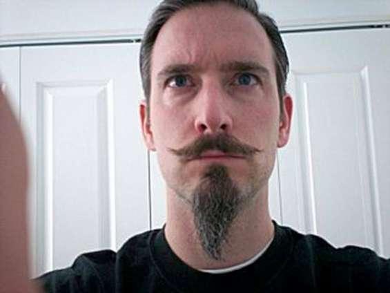 Fotos de Barbas   y  bigotes  postizos   telefono   fijo   :   7816995    cel    :    999 11