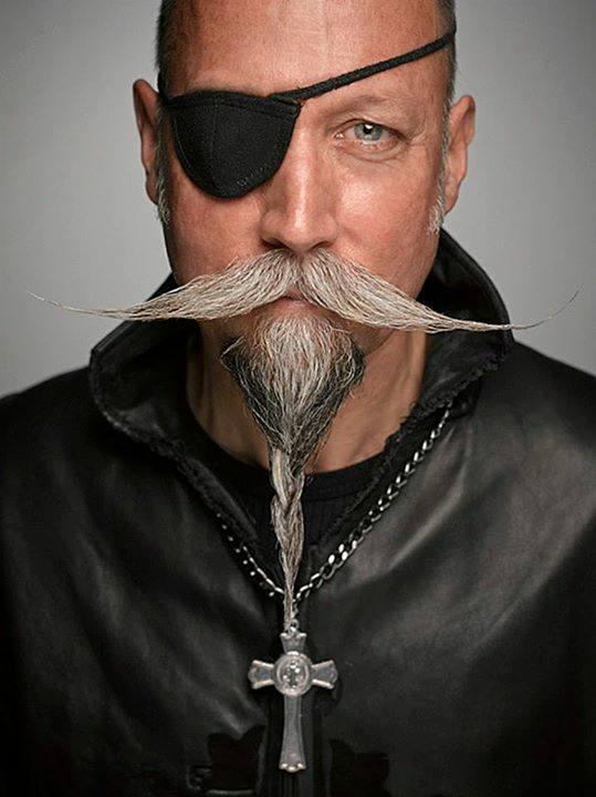 Fotos de Barbas   y  bigotes  postizos   telefono   fijo   :   7816995    cel    :    999 10