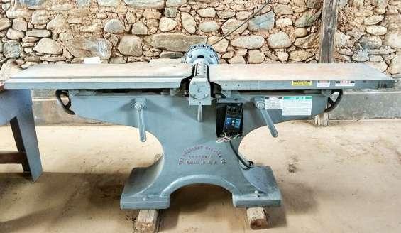 """Garlopa industrial de 12"""" c/ cabezal de 4 cuchillas y motor trifásico 7hp - crescent (usa)"""