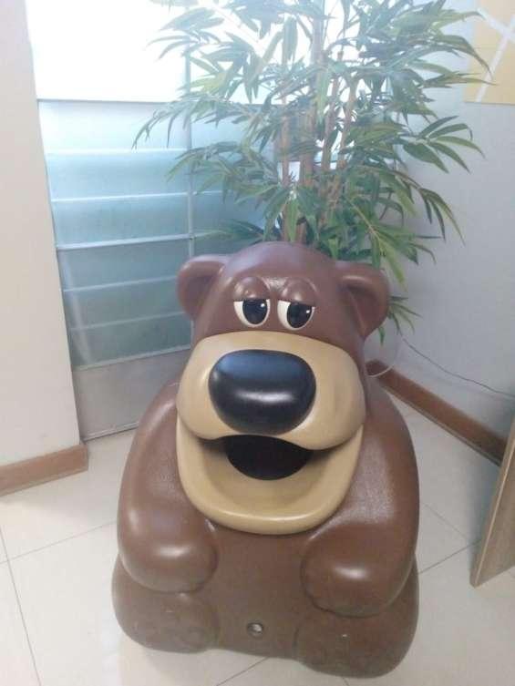 Tacho de basura en forma de animales de oso marrón de 52 litros